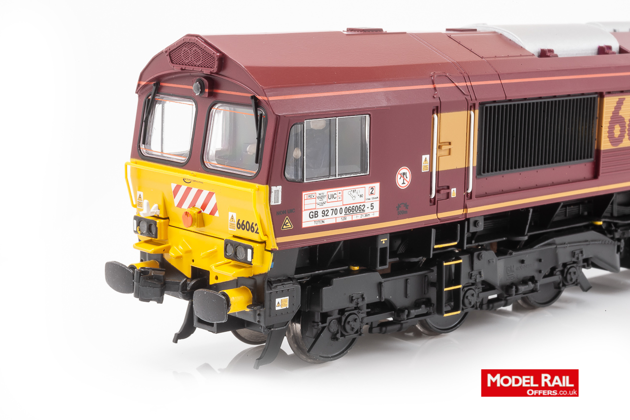 32-725WDS Bachmann Class 66 Diesel Locomotive number 66 062 in Euro Cargo Rail livery